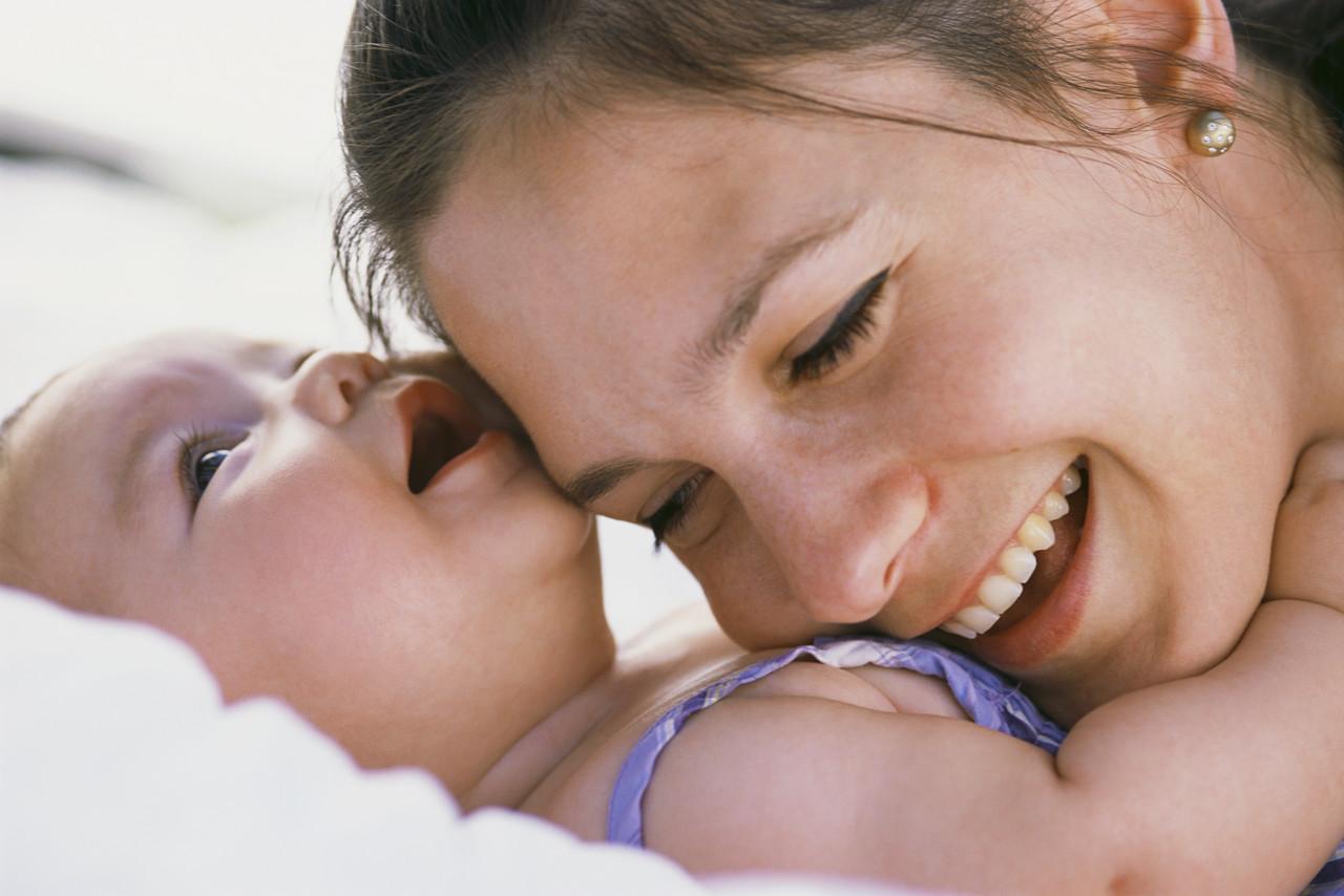 Metodele bebelușilor de a comunica cu părinții lor