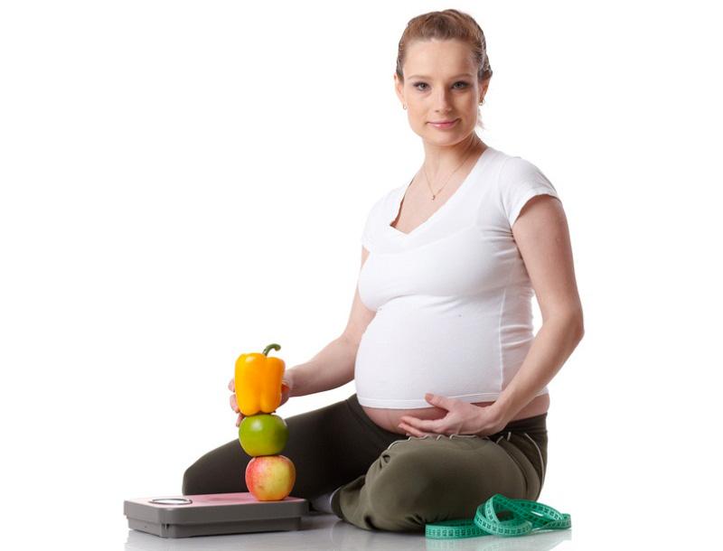 E bine să slăbeşti în sarcină?