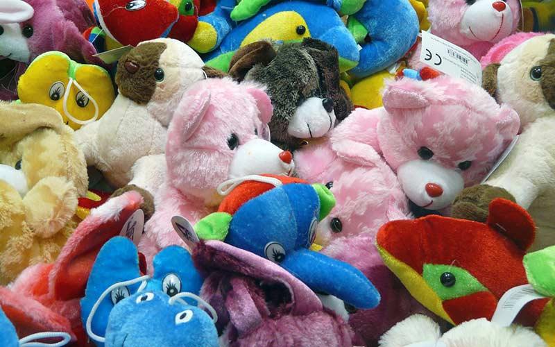 Cum să alegi jucăria potrivită pentru copilașul tău?