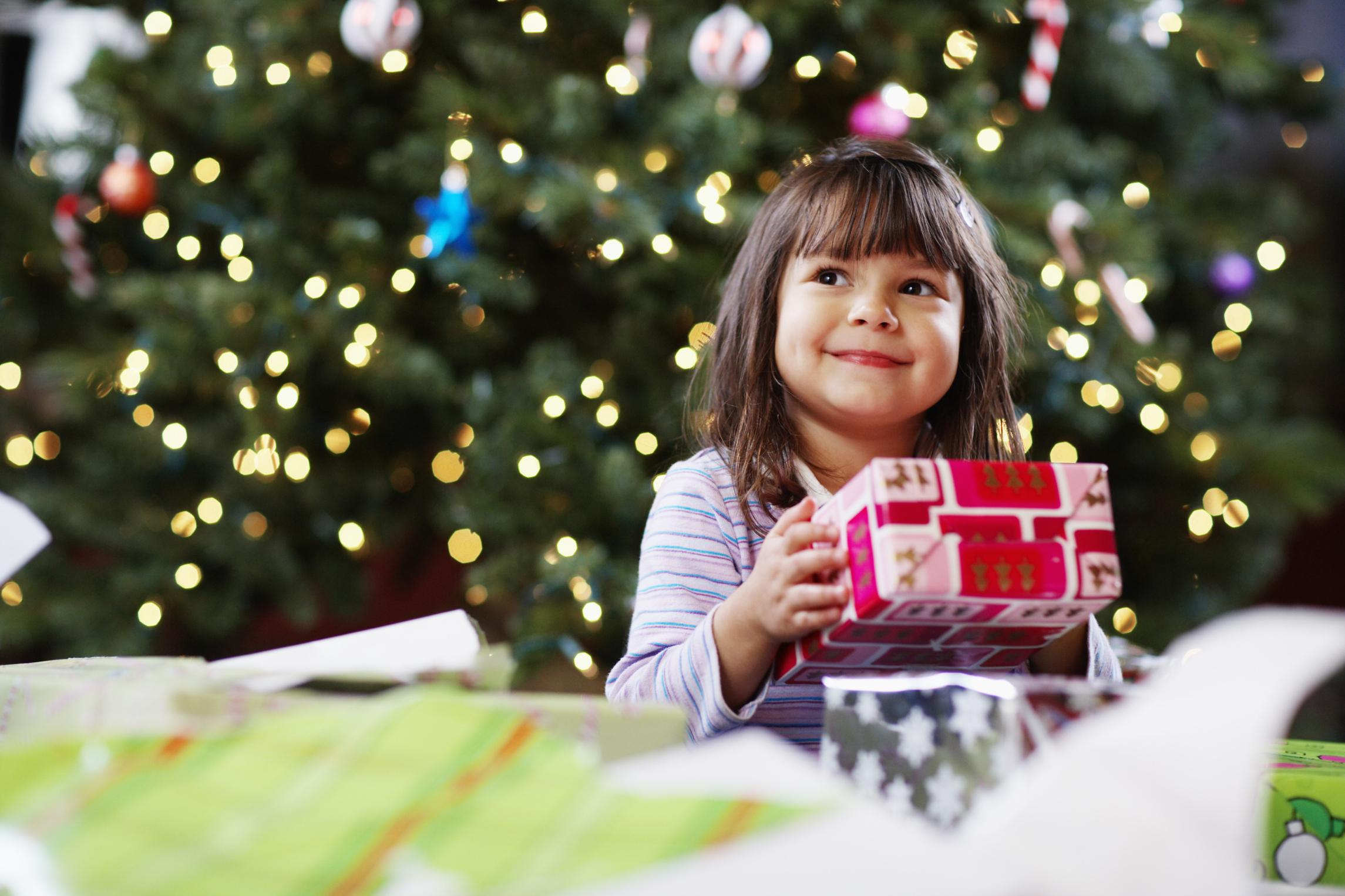 Cum aleg cadoul de Craciun pentru copil?