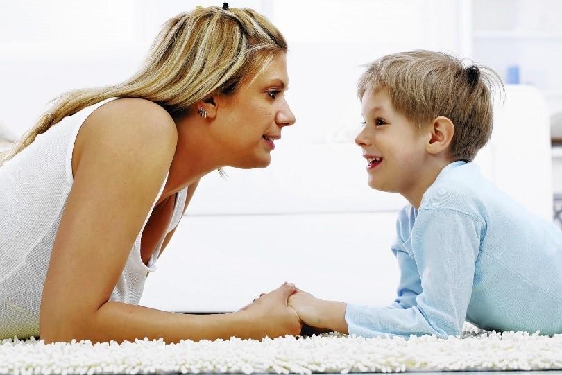 7 metode de a comunica ușor cu copilul tău