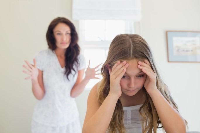 Top 5 metode care te ajută să nu mai țipi la copilul tău