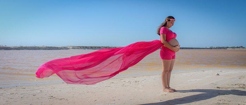 3 soluţii utile pentru prevenirea vergeturilor în timpul sarcinii!