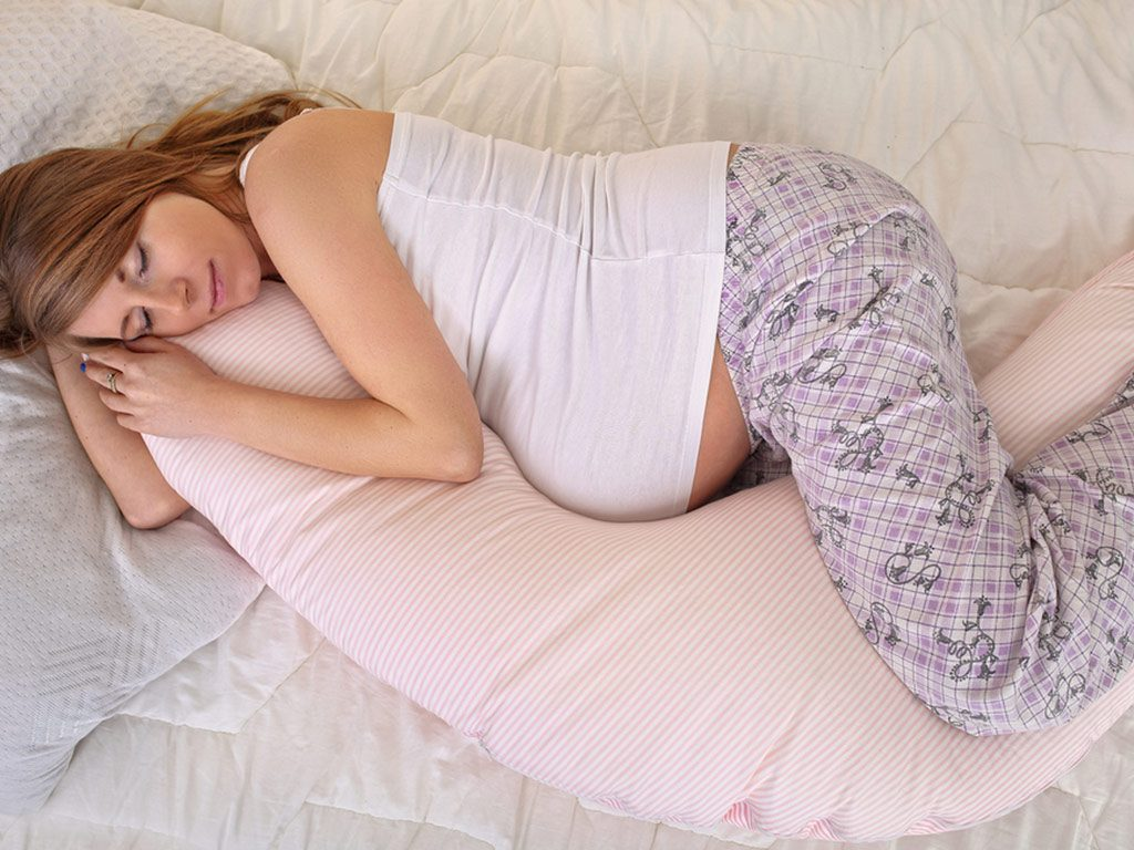 pozitie de somn in timpul sarcinii